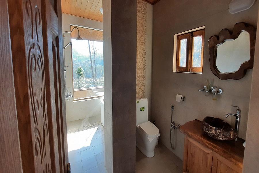 mahtisa-restroom