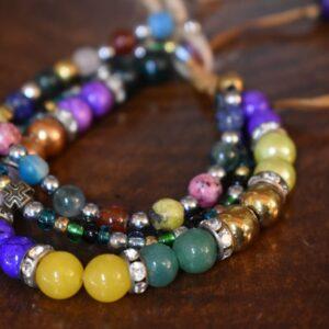 دستبند مهره ای رنگی سه تایی