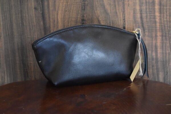 کیف آرایشی چرم کوچک